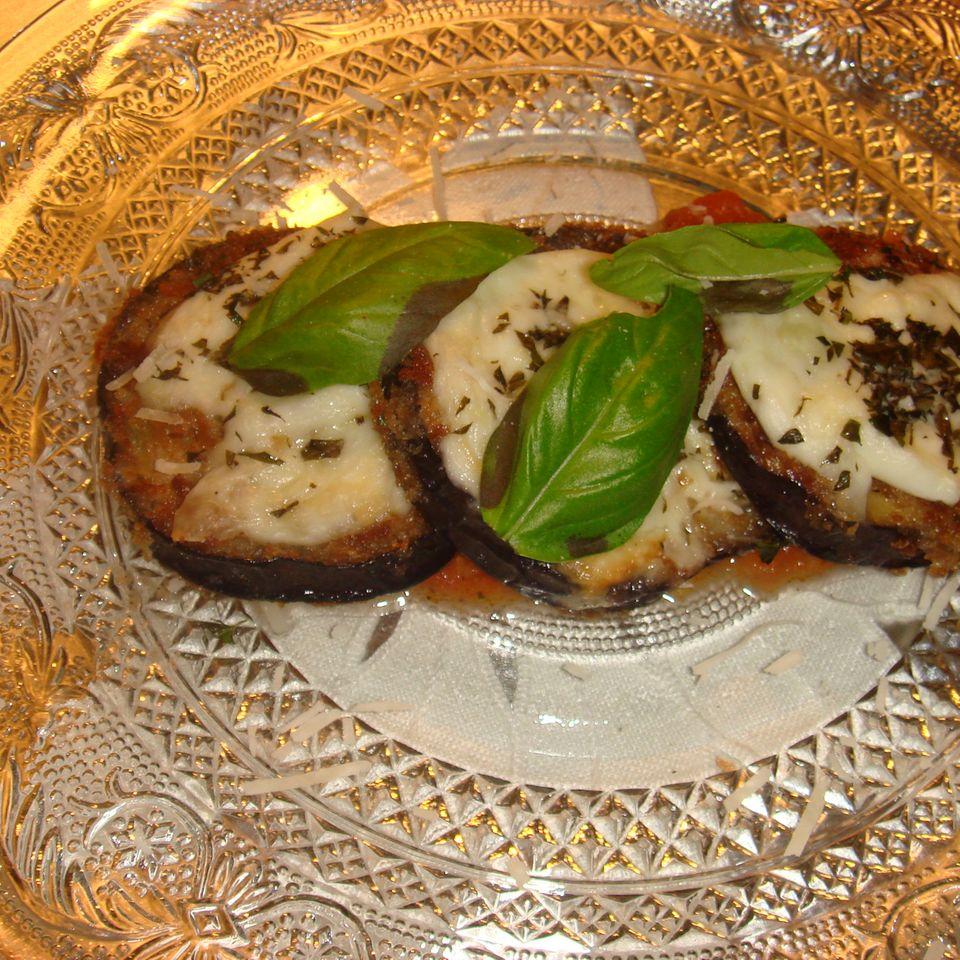 Melanzane alla piastra (Auberginenscheiben mit Mozzarella)