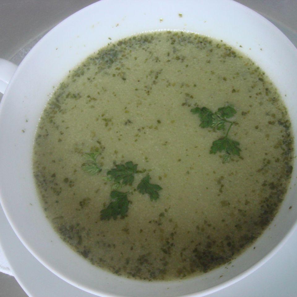 Kerbelsuppe mit Garnelen