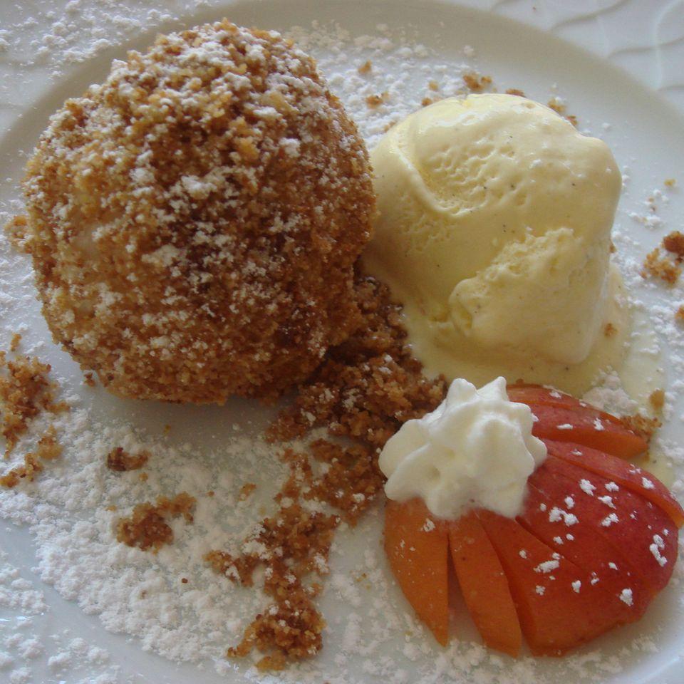 Marillen- oder Aprikosenknödel