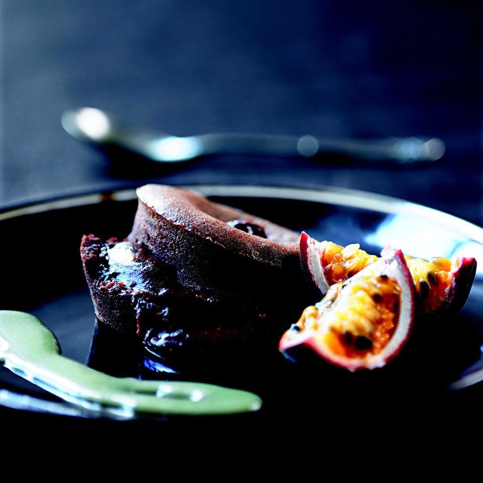 Schokoladenfondant mit Karamellsauce