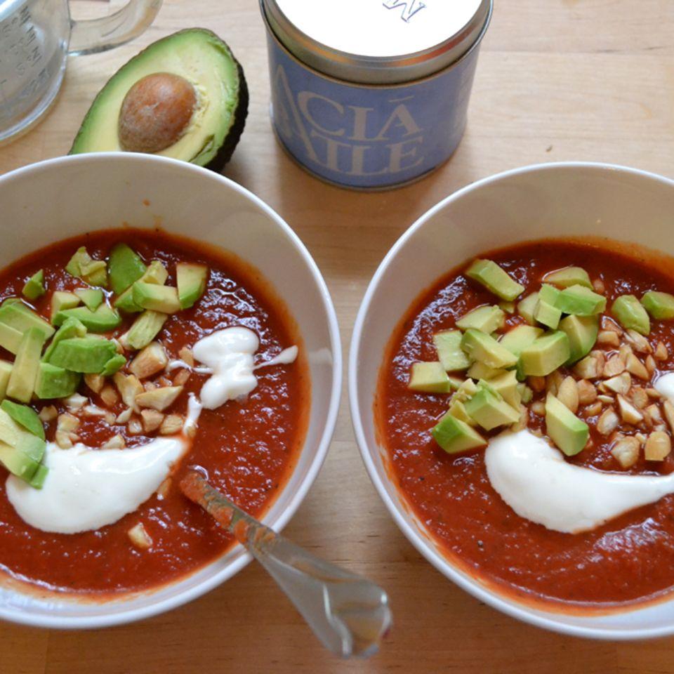 Schnelle kalte Tomatensuppe