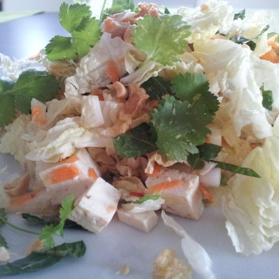 Vietnamesicher Chinakohl-Salat