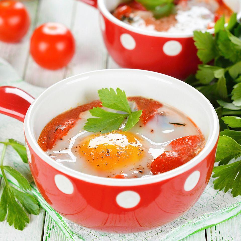 Eier in Tomaten