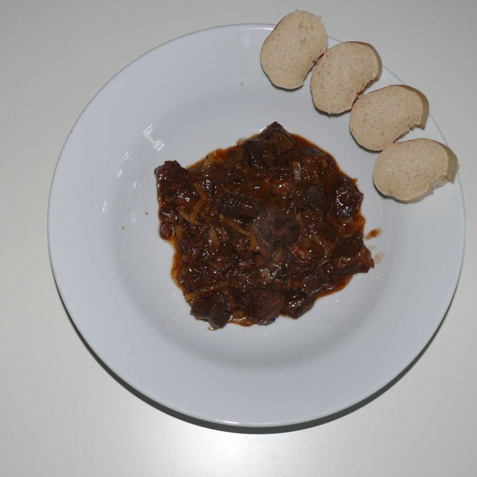 Rotweingulasch