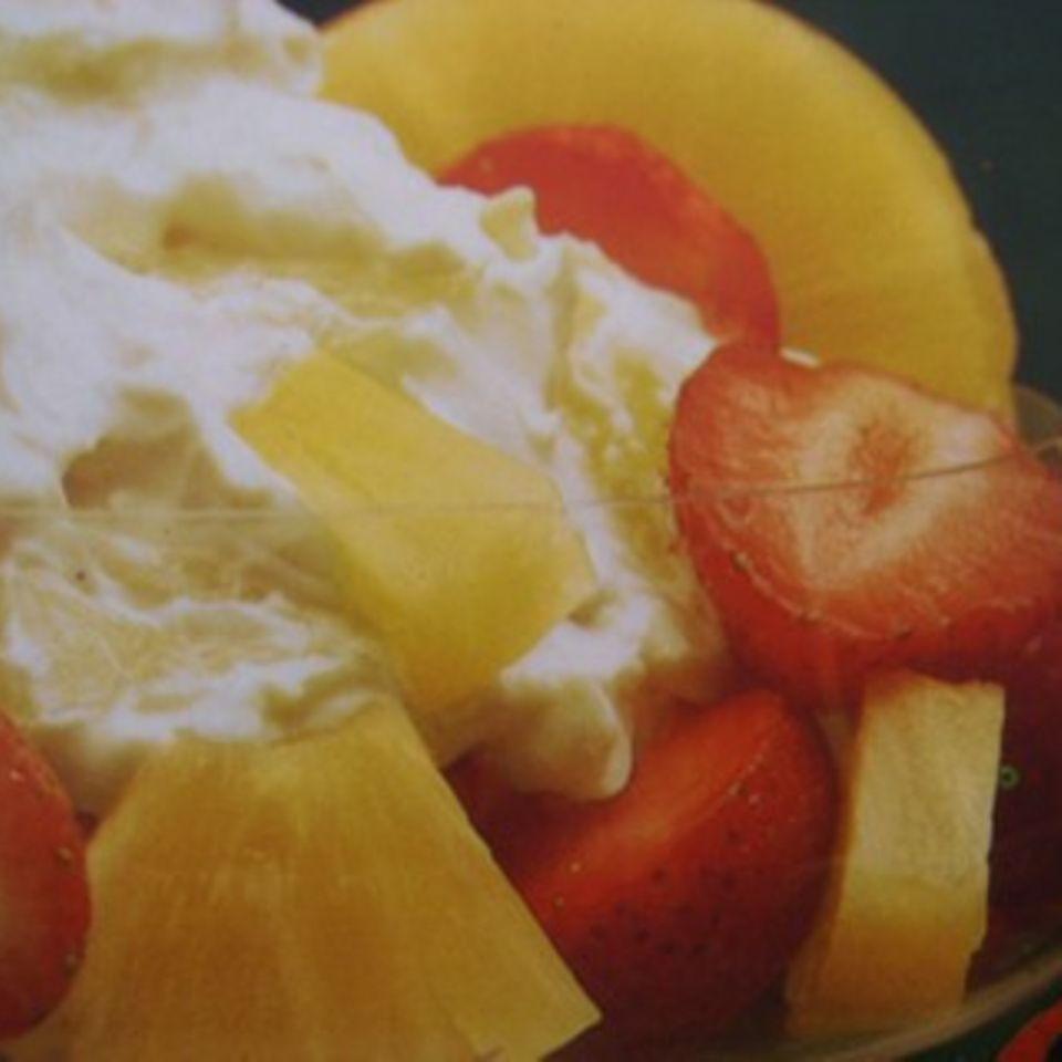 Ananas-Erdbeer-Dessert
