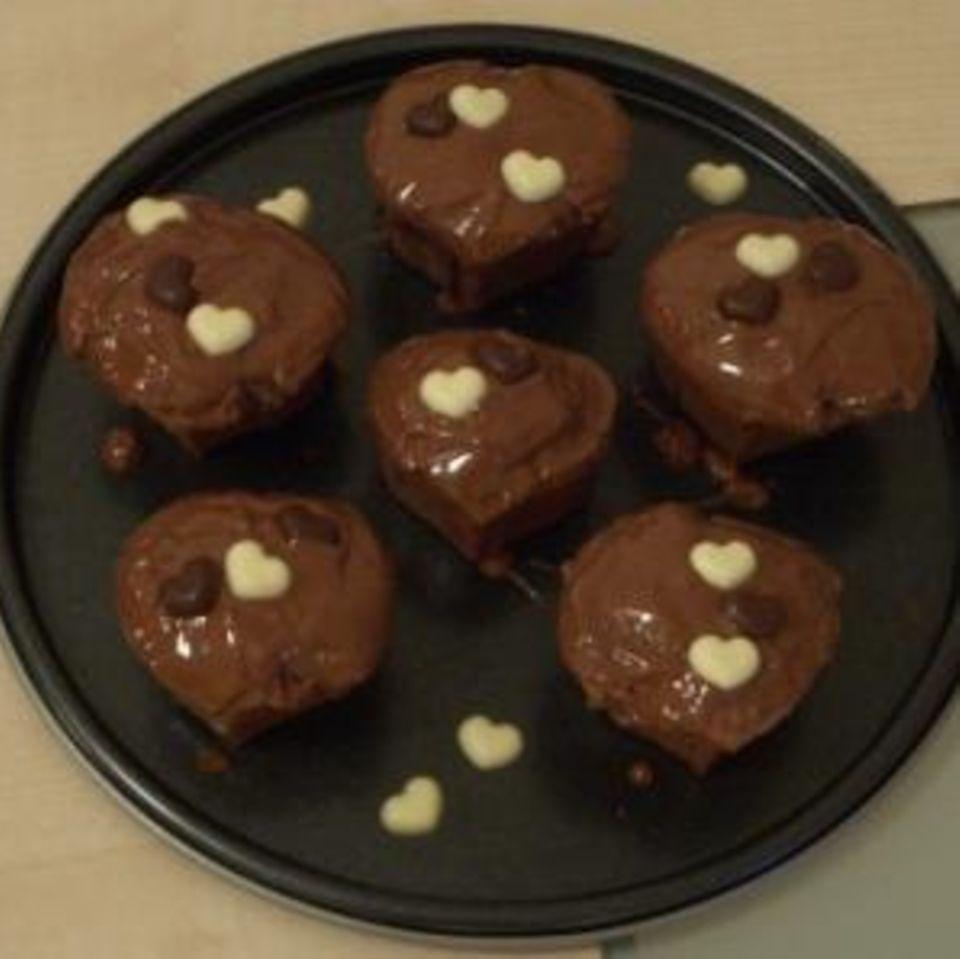 Schoko-Muffins in Herzform
