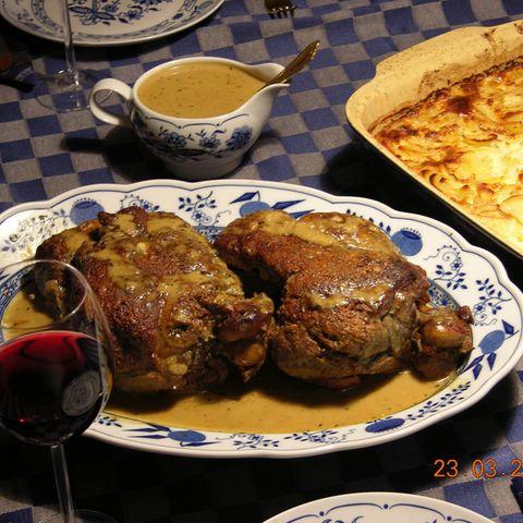 Lammkeule mit Roquefort