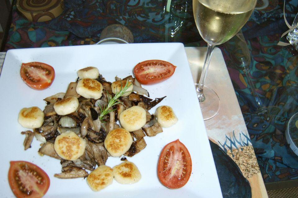 Kartoffel-Ricotta-Gnocchi mit Pilzen