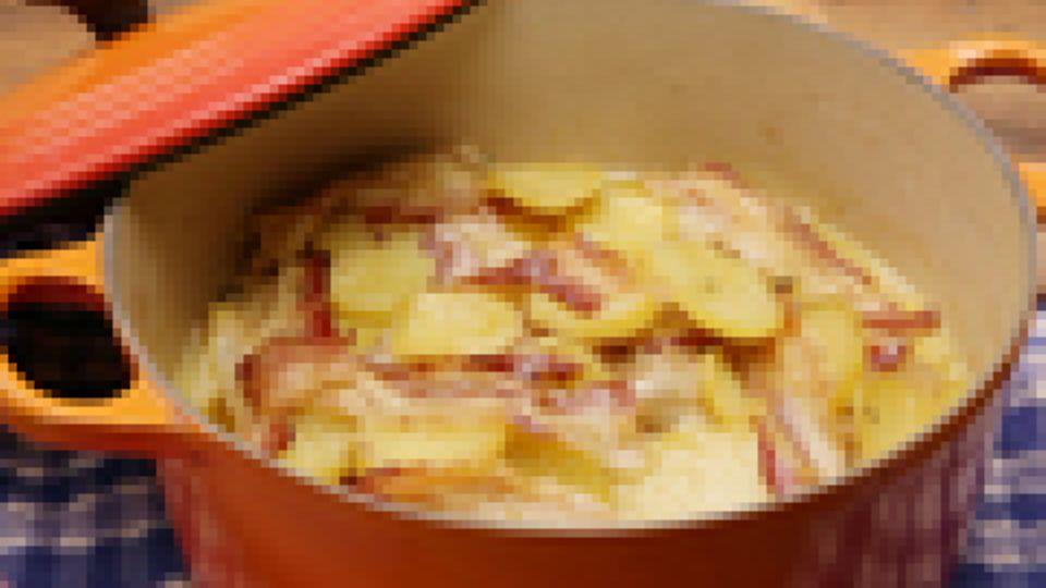Geschichteter Kartoffeleintopf