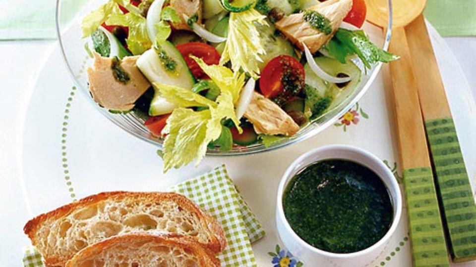 Sommersalat mit Thunfisch und Pesto