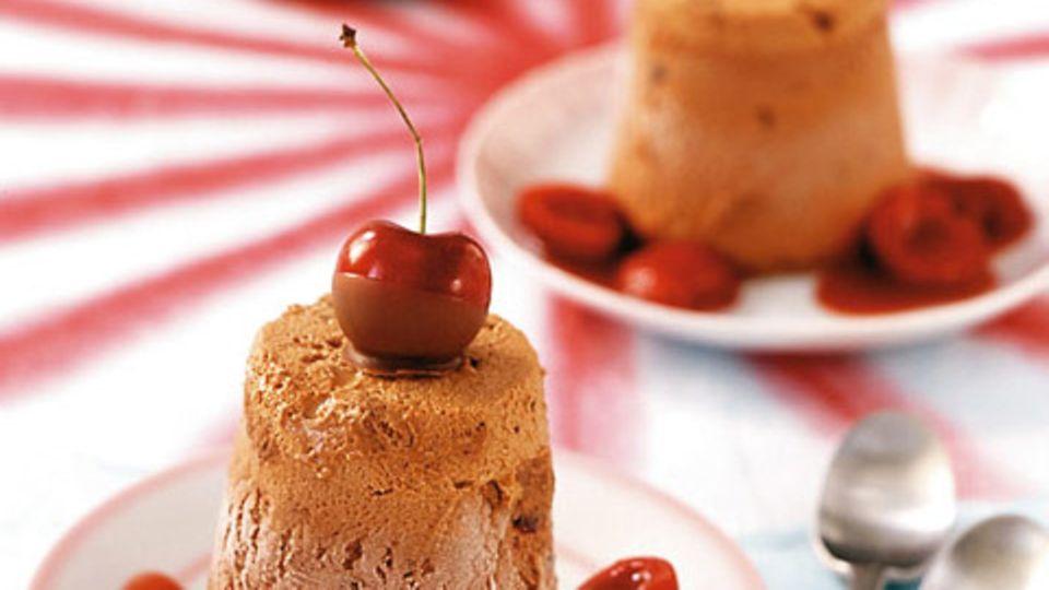 Schoko-Kirsch-Eistörtchen