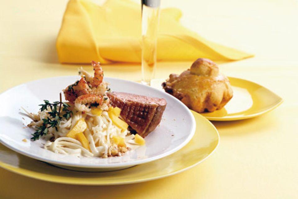 Waldorfsalat mit Flusskrebsen und Entenbrust