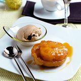 Ananas-Tarte-Tatin mit Balsamico-Eis
