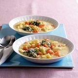 Kartoffel-Wirsing-Suppe mit Gremolata