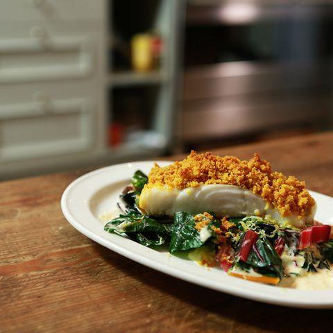 Rezept für Fisch mit Curry-Kräckerkruste
