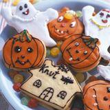 Bunte Halloween-Plätzchen mit Nougat
