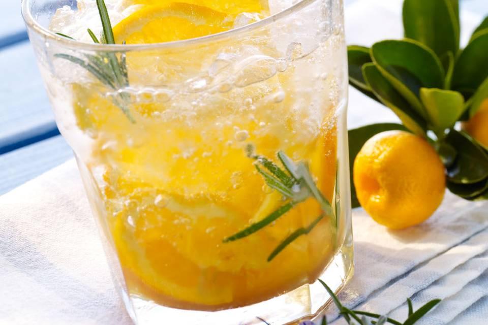 Mineralwasser-Cocktail: Geistesblitz Rezept