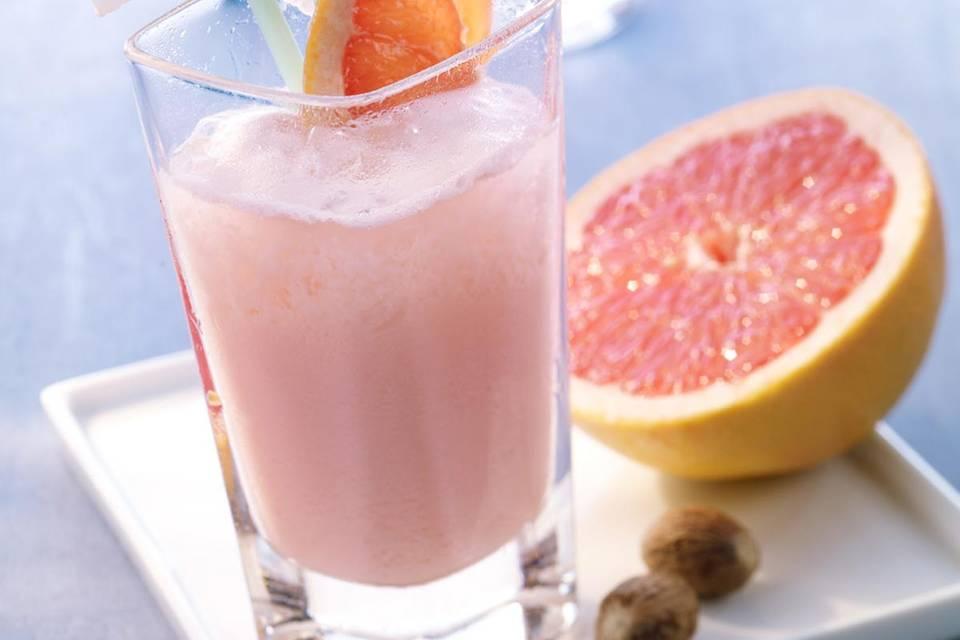 Mineralwasser-Cocktail: Pink Power Rezept