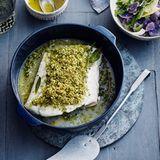 Skrei mit Pankokruste und lila Kartoffelsalat