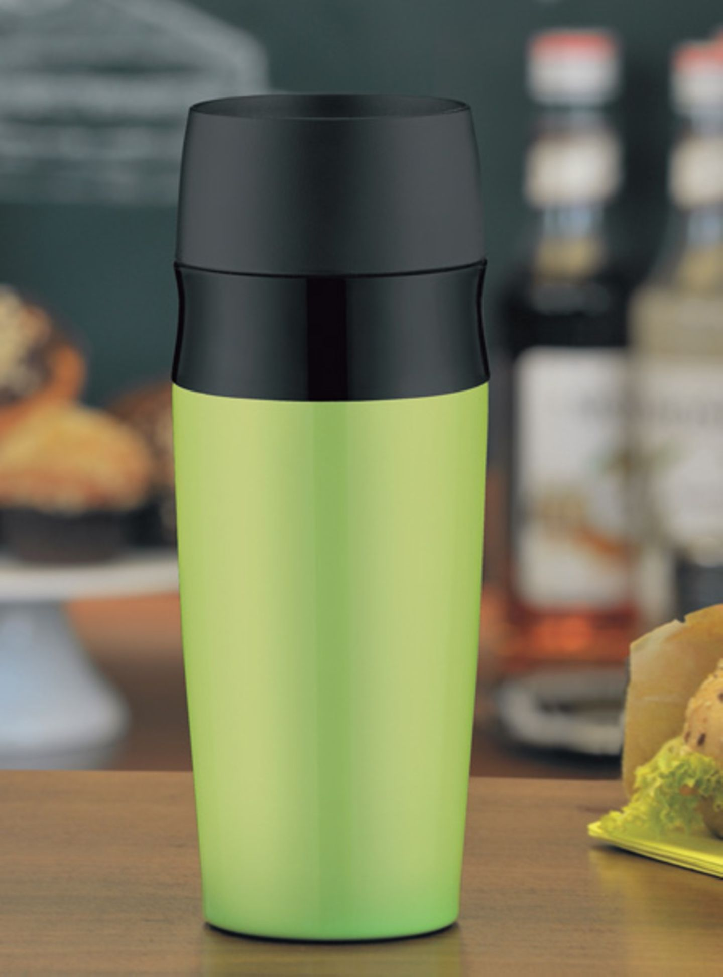 Apfelgrünes Kaffeevergnügen: travel Mug von alfi
