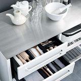 Schublade auf für Küchenzubehör