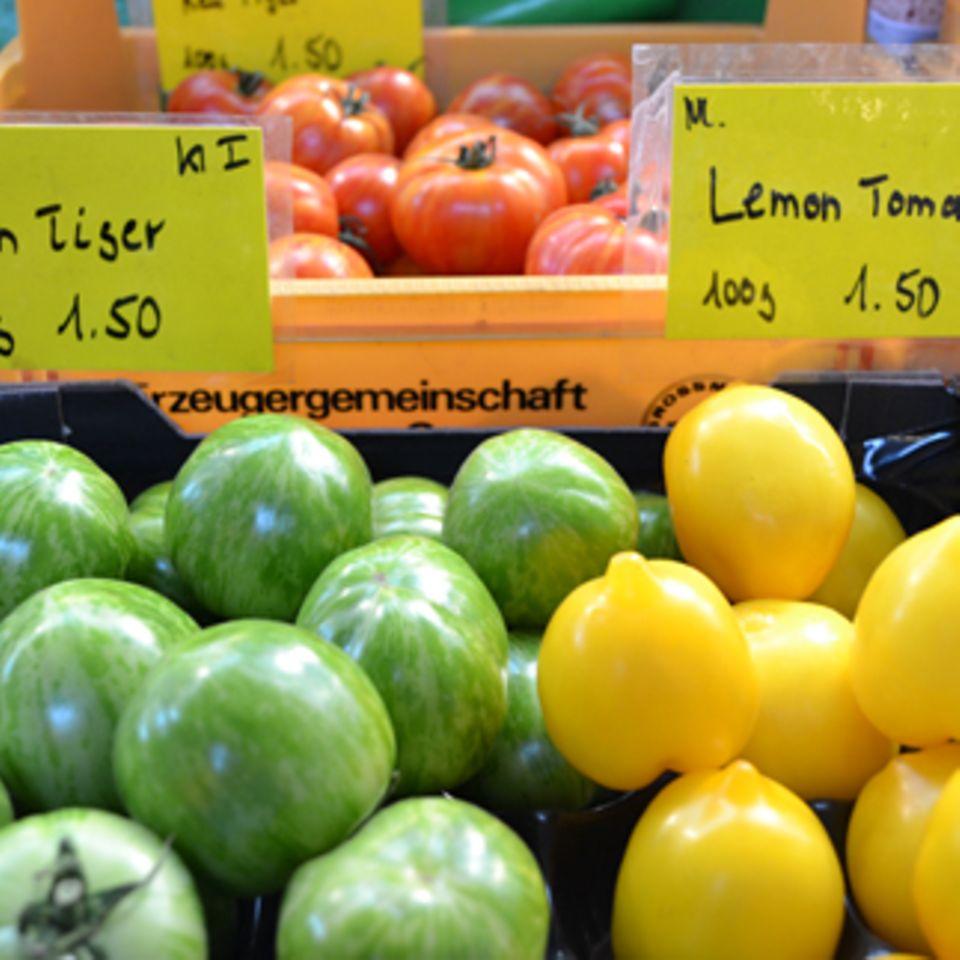 Grüne und gelbe Tomaten