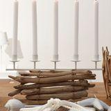 Kerzenzauber auf dem Esstisch
