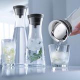 Zeitlose Wasserkaraffe