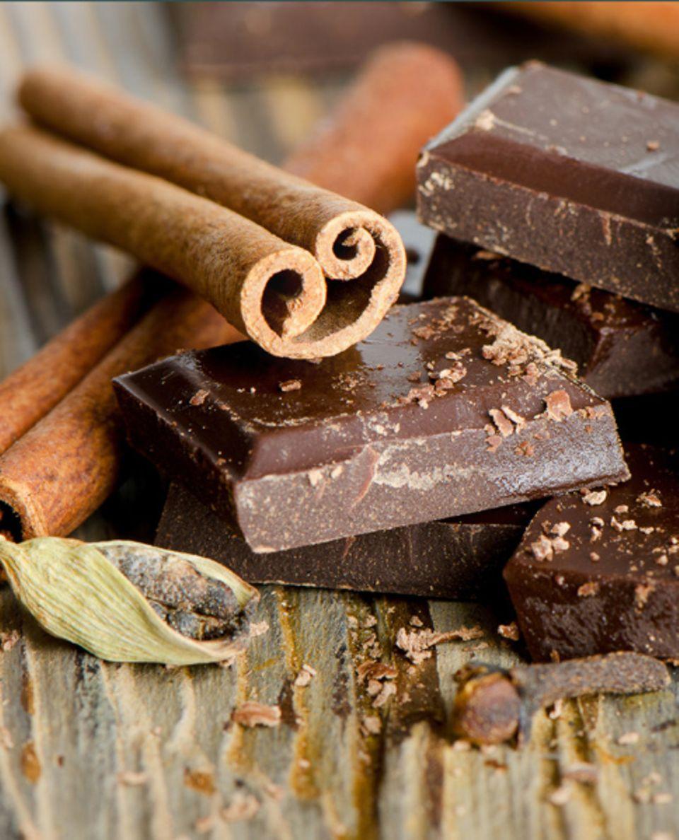 Schokolade mit Gewürzen passt perfekt zur Weihnachtszeit