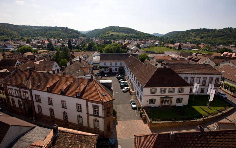 Pfalz: Weingut Dr. Bürklin-Wolf in Wachenheim