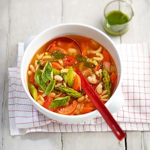 Frühlingsrezepte: Suppen