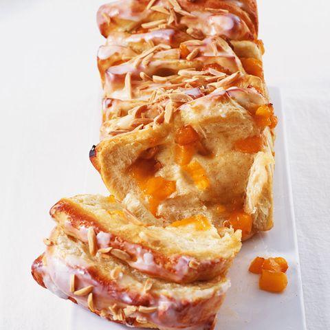 Kuchen und Torten mit Aprikosen