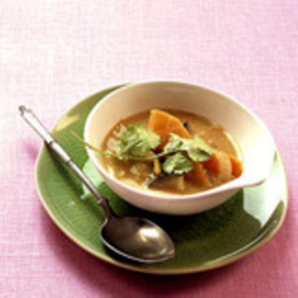 Gemüse-Kokos-Curry mit Möhren und Koriander