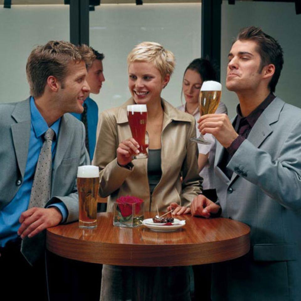 Bierprobe mit Freunden