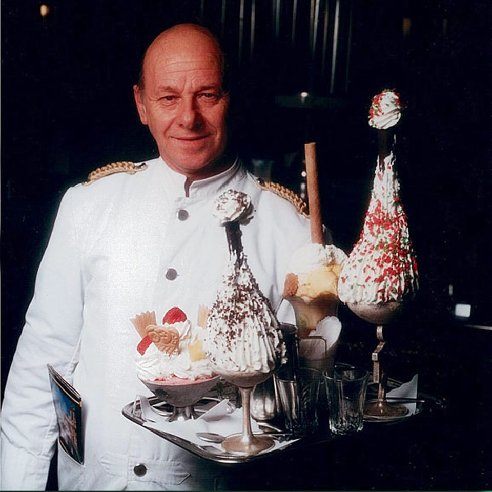 Im Giolitti gib es tolles Eis: die Coppas