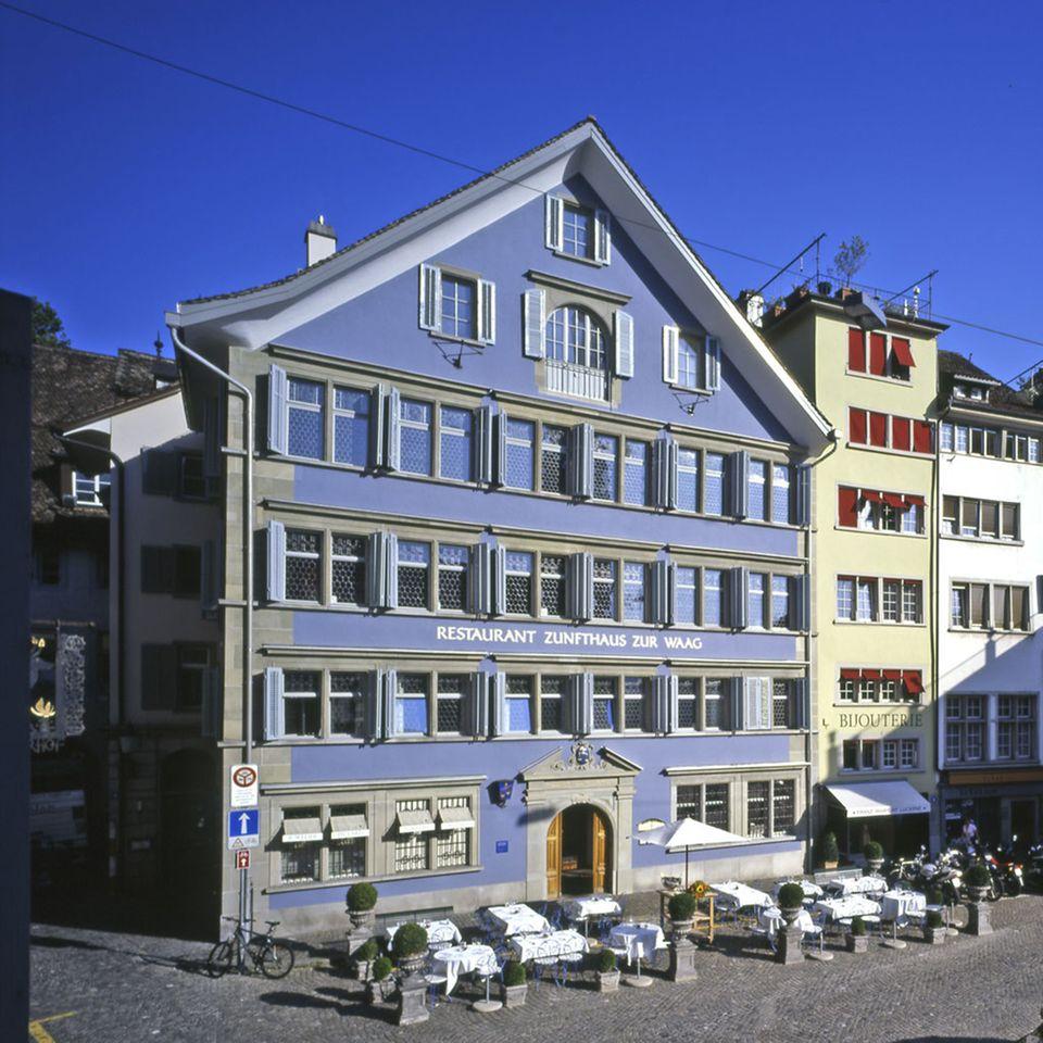 """Im Zunfthaus """"Zur Waag"""" befindet sich das gleichnamige Restaurant"""