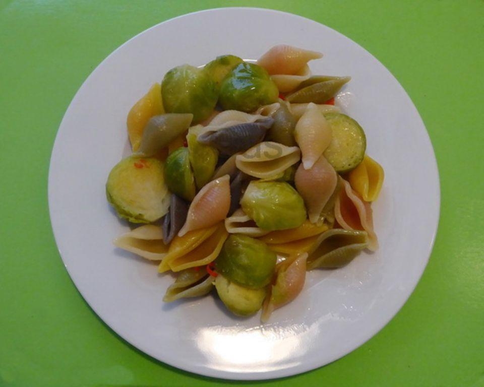 Vegetarisch und lecker: Zitronen-Rosenkohl-Pasta