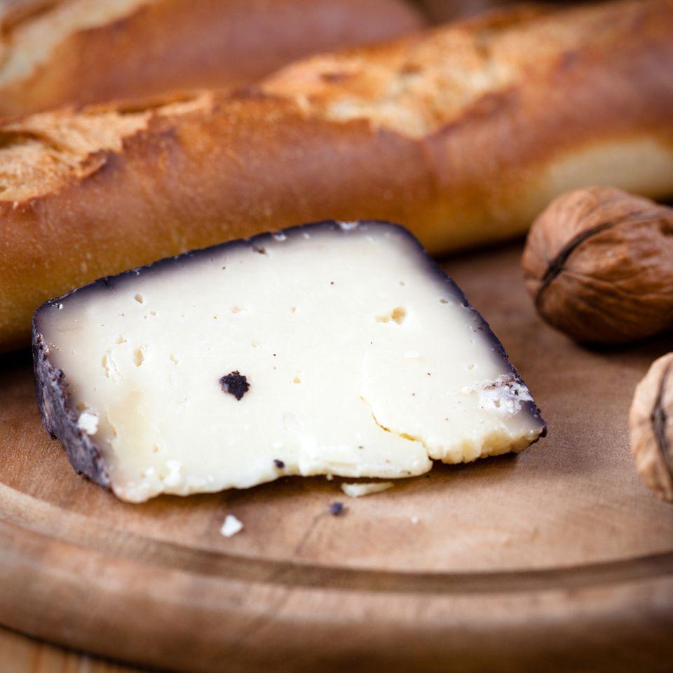 Manchego ist ein spanischer Käse, der häufig als Tapa gereicht wird