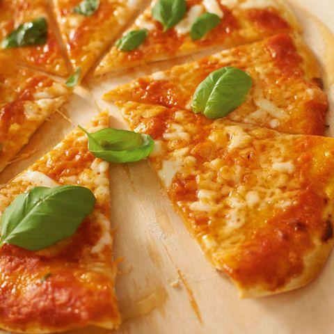 Pizza selber machen: Rezepte und Tipps