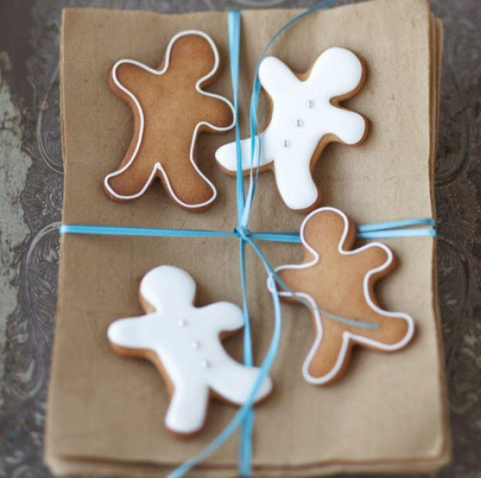 Gingerbread-People sind eine beliebte Form des braunen Lebkuchens