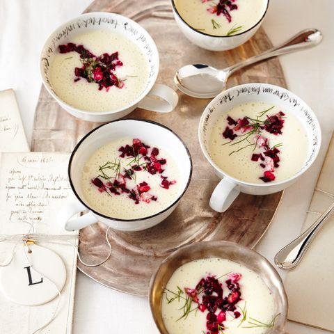 Weihnachtliche Vorspeisen: Suppen