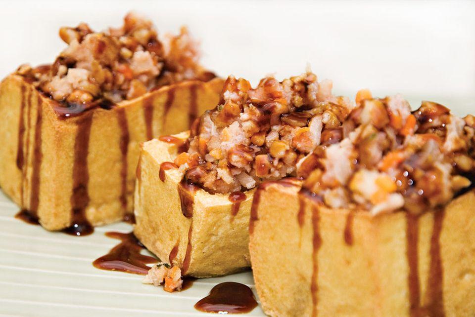 Gefüllter Tofu ist ein traditionelles Gericht der Anhui-Küche