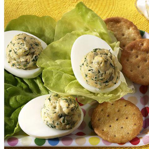 Russische Eier mit Cornichons