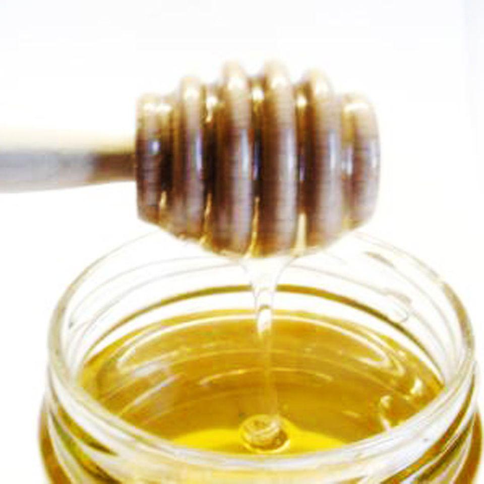 Medowucha wird aus gegorenem Honig gemacht