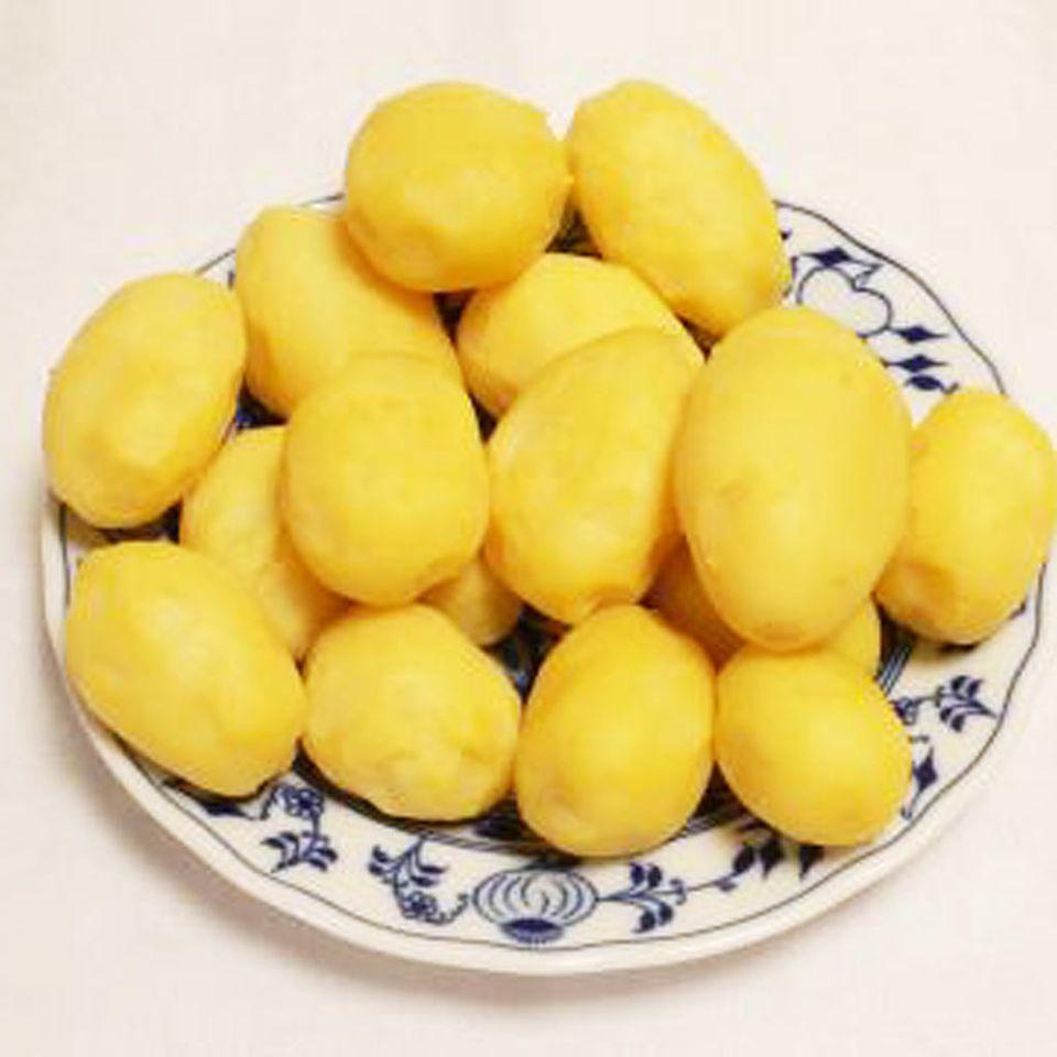 Kartoffeln und Senfeier sind die klassische Kombination