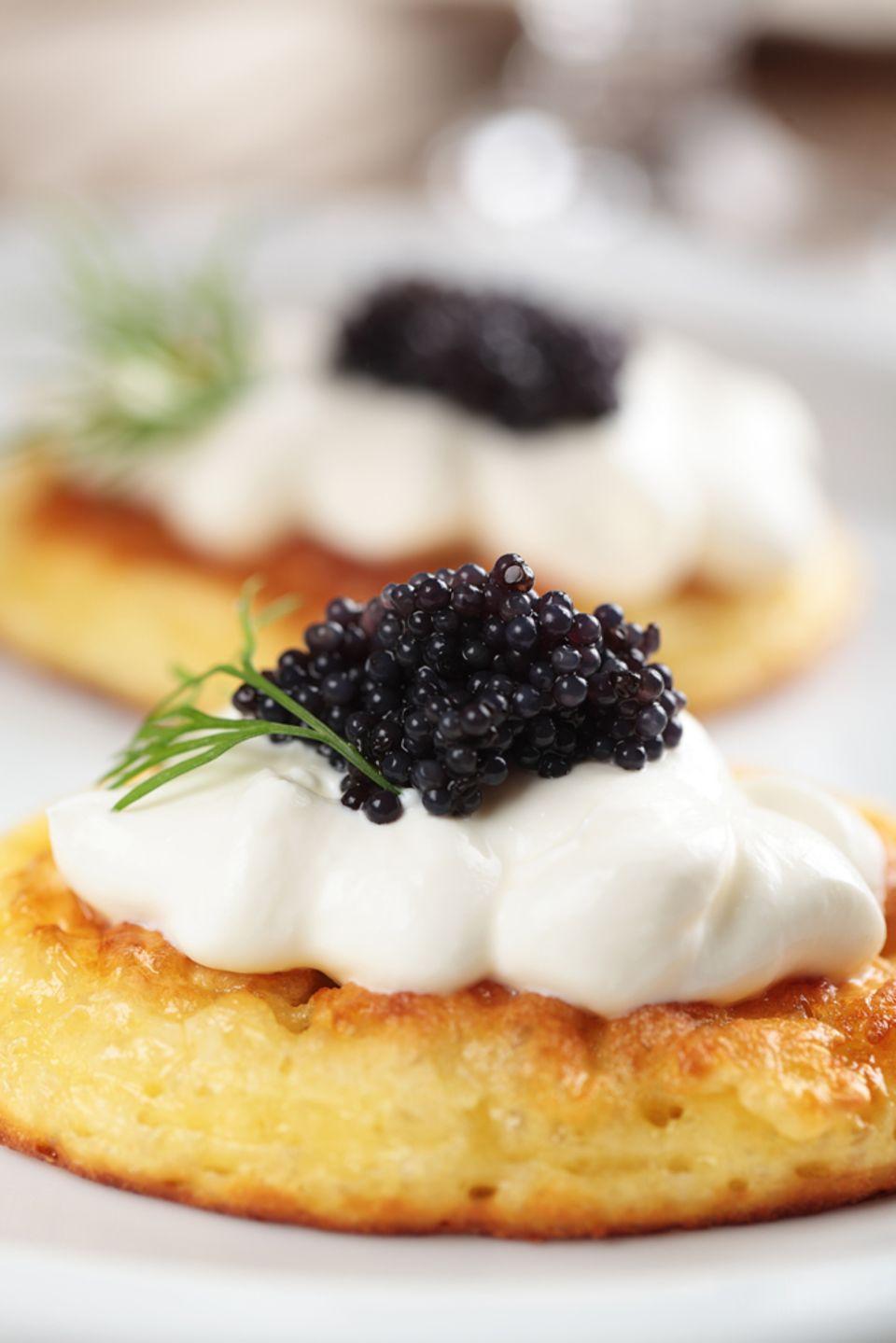 Kaviar ziert häufig Blini