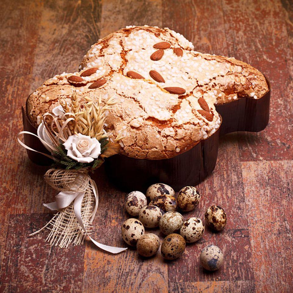 Der traditionelle italienische Osterkuchen wird in Taubenform gebacken