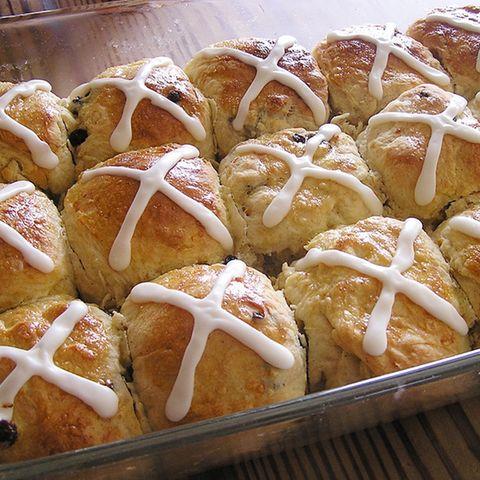 Hot Cross Buns: Ostergebäck aus England