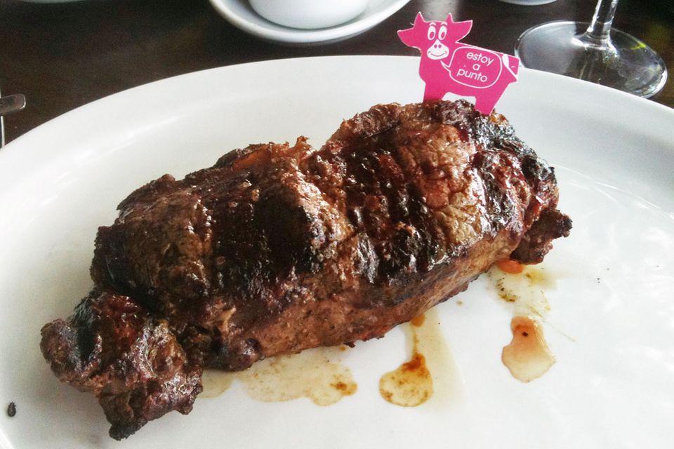 Bife de chorizo: Saftiges Rindfleisch