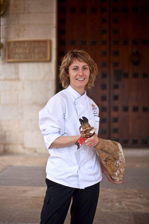 Die spanische Spitzenköchin Caty Pieras kocht am Gourmet-Reisefestival